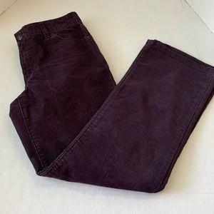Women's GAP Curvy Flare Corduroy Pants 6